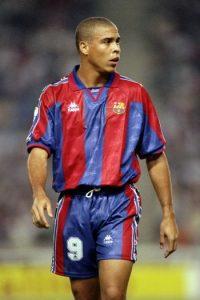 """El """"Fenómeno"""" jugó en cuatro equipos protagonistas de dos grandes rivalidades del fútbol europeo. Foto:Getty Images"""