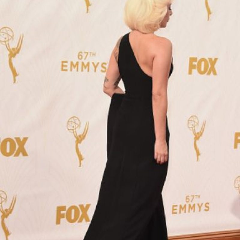 Mostró que el negro reina en la alfombra roja. Foto:vía Getty Images