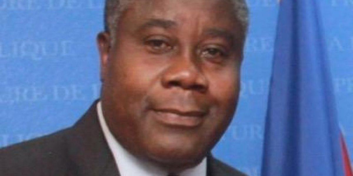 Canciller haitiano defiende veda a productos dominicanos por la vía terrestre