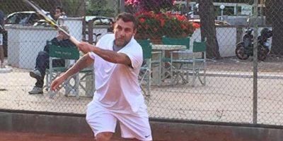 Ahora es comentarista de BEIN Sports y mantiene la forma haciendo ejercicio y jugando tenis. Foto:Vía twitter.com/vieri_bobo