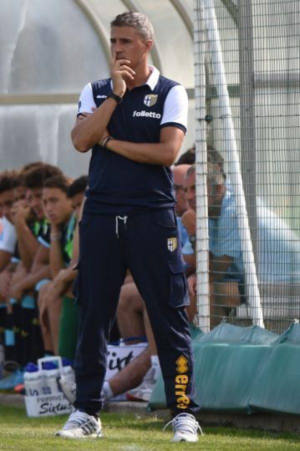 Tras su retiro se dedicó a dirigir en las juveniles del Parma y ahora está al mando del Modena de la Serie B de Italia. Foto:Getty Images