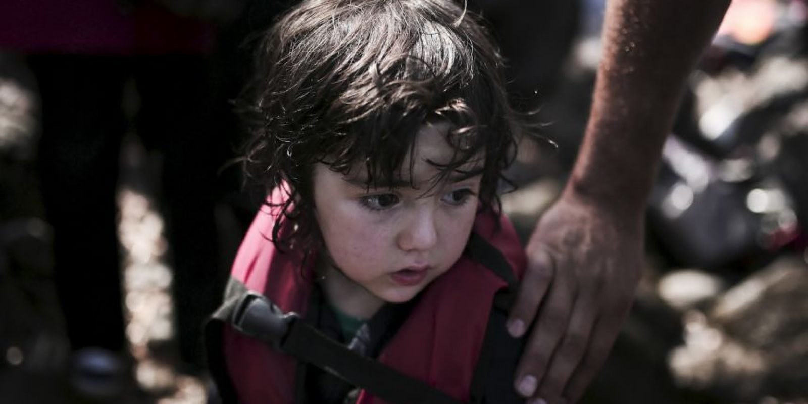Algunos son huérfanos de guerra en Siria, otros perdieron a su familia en el viaje Foto:AFP