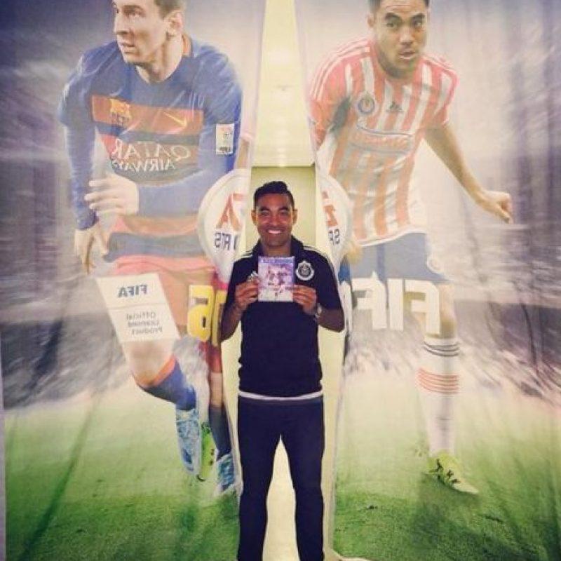 Marco Fabián acompaña a Messi en la edición mexicana. Foto:twitter.com/MarcoFabian_10