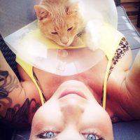 En redes sociales demuestra ser una amante de los animales Foto:Facebook.com/pages/Amina-Axelsson