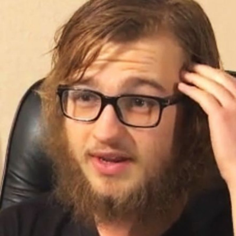 """Pero muchos lo conocen como """"Jake Harper"""" de la serie """"Two and a Half Men"""". Foto:vía YouTube"""