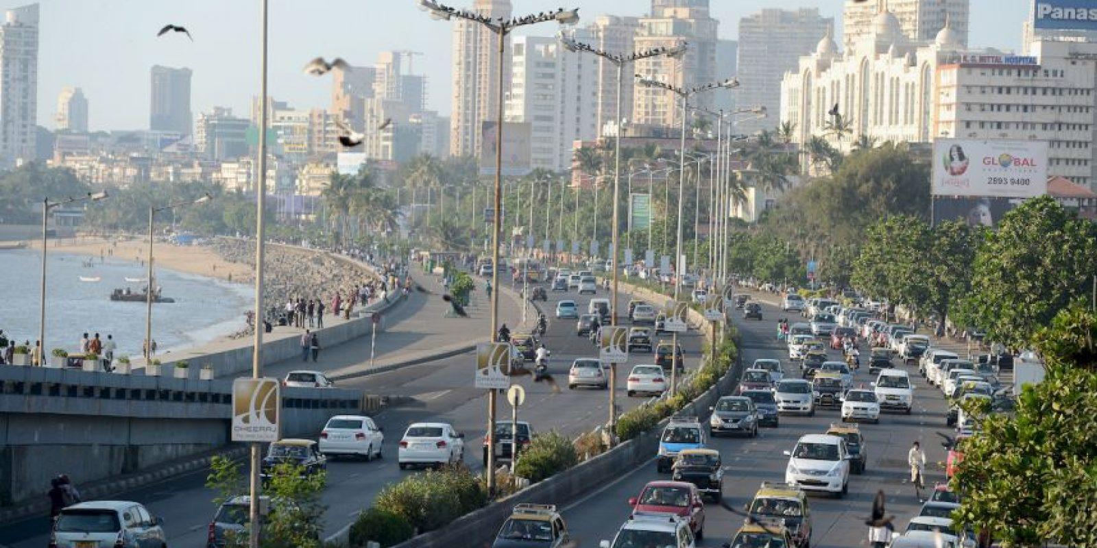 2. Mumbai. Esta ciudad en la India tiene a los trabajadores que laboran dos mil 277 horas al año. Foto:Getty Images