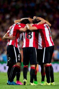 2. Los culés fueron goleados 4-0 por el Athletic de Bilbao, en el partido de ida de la Supercopa de España Foto:Getty Images