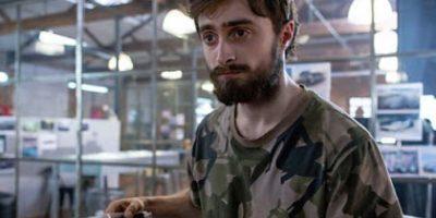 Fotos: Daniel Radcliffe luce muy diferente tras perder todo su cabello