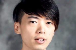 El último puesto pertenece a este joven chino con una fortuna de un millón 193 mil 811 dóalres con 11 centavos en 37 torneos. Foto:YouTube/Top5