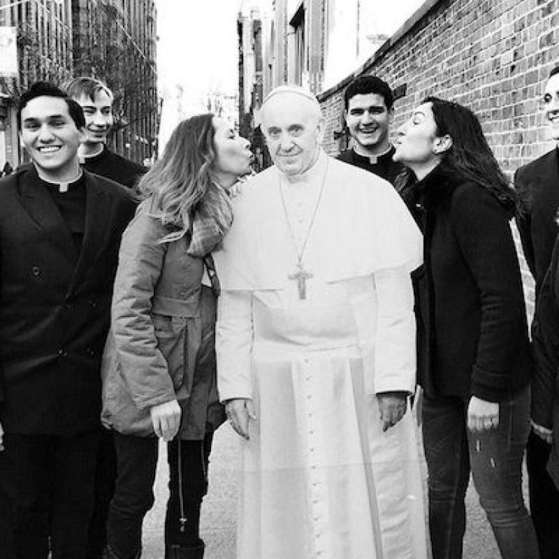Miles de personas están compartiendo fotografías de su furor por el Papa Foto:Instagram.com/explore/tags/popefrancis/