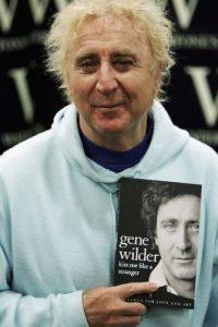 """En 2005, escribió sus memorias en el libro """"Kiss Me Like A Stranger"""" Foto:Getty Images"""