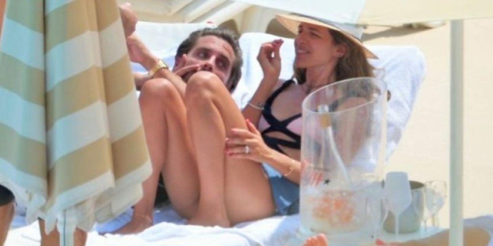Scott Disick con la estilista y exnovia Chloe Bartoli. Foto:Grosby Group