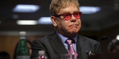 El músico Elton John recibió una supuesta llamada del presidente ruso Vladimir Putin. Foto:Getty Images
