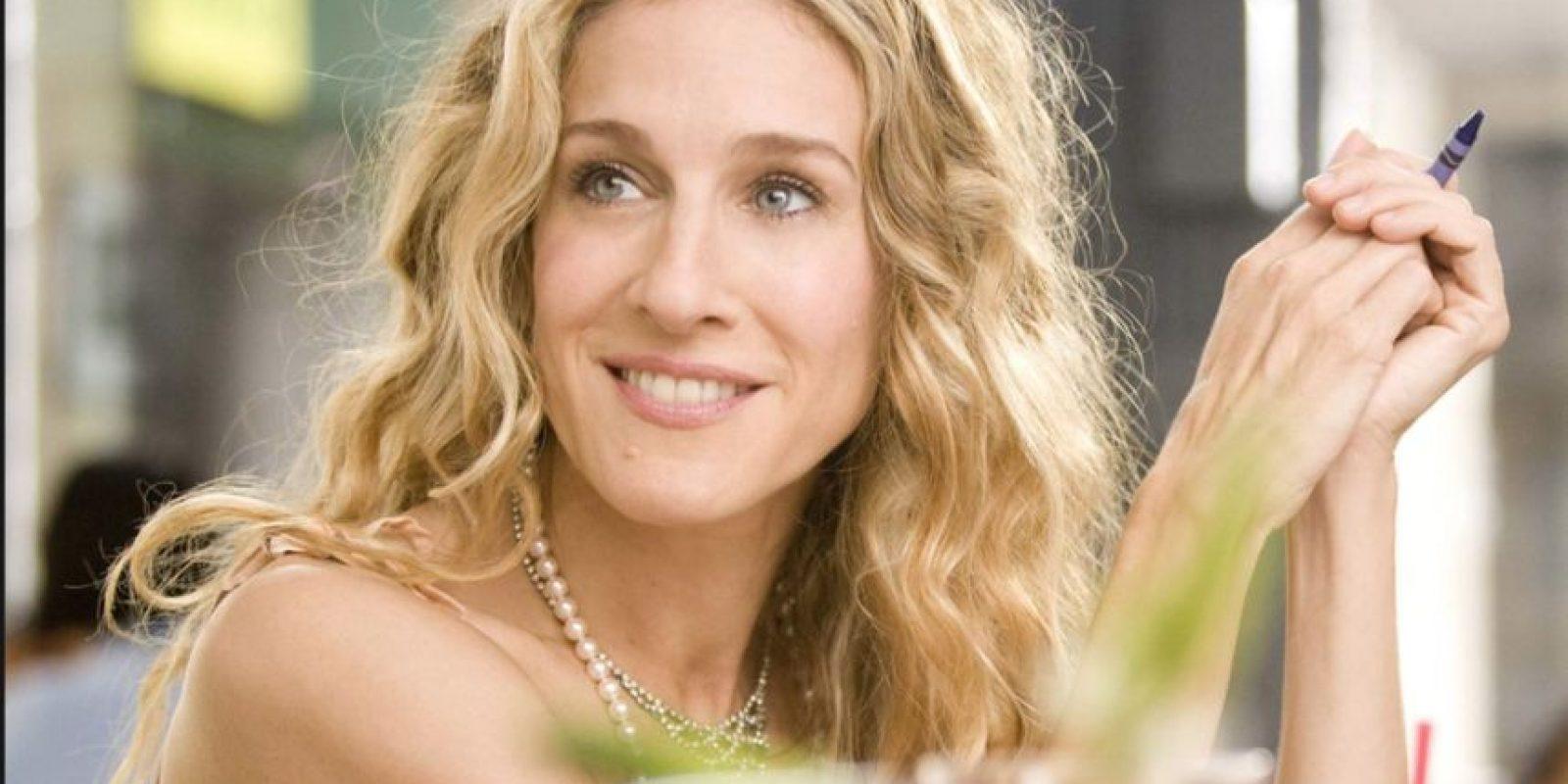 Siempre hace de ejecutiva chic o mujer de clase alta, amante de la moda y neurótica. Foto:vía HBO