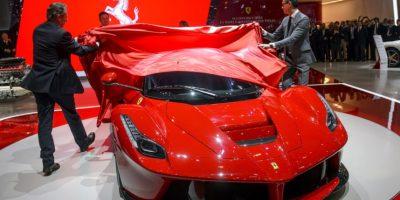 Regalaba Ferraris en sus fiestas. Foto:vía Getty Images