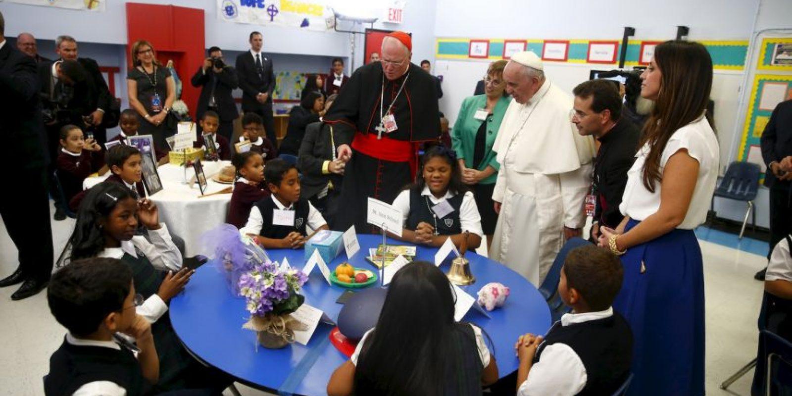 Los niños ponían atención a lo que el pontífice decía. Foto:AFP
