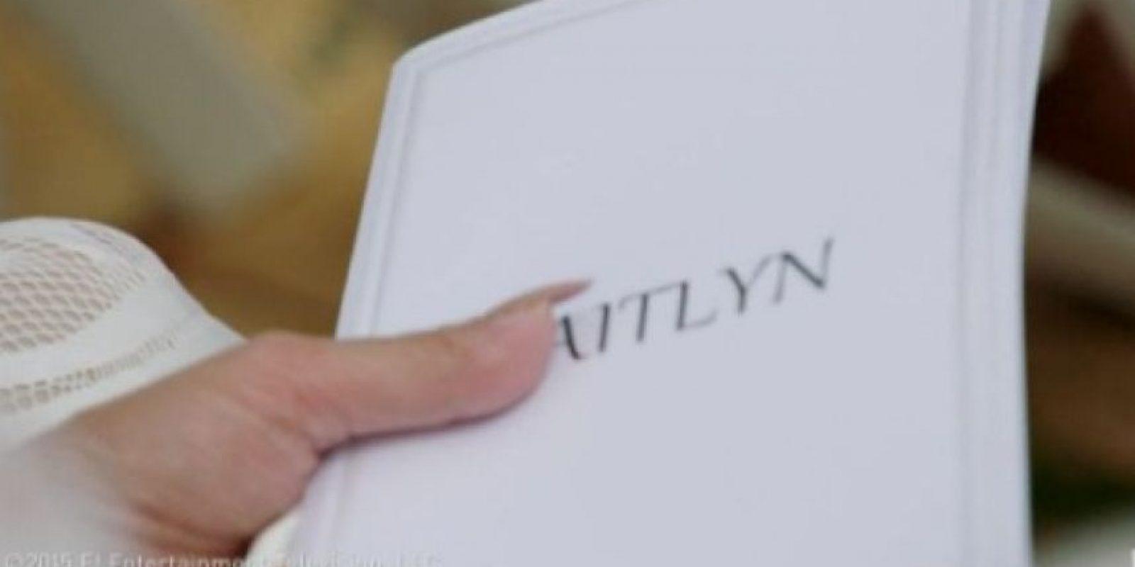 "Ahora es reconocida legalmente como ""Caitlyn Marie Jenner"". Foto:E! News"