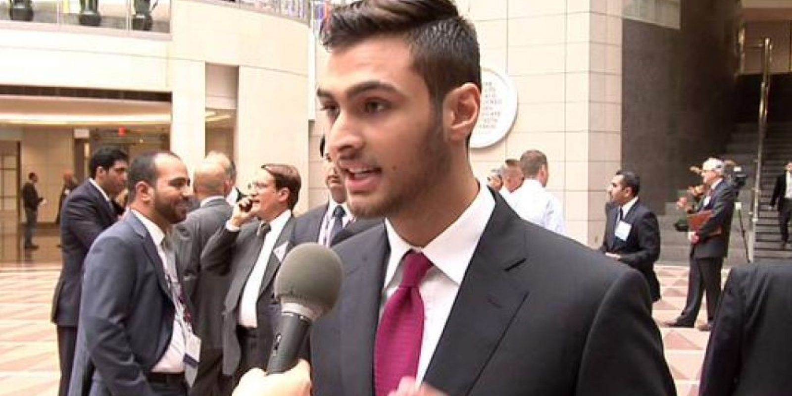 Majed Abdulazis Al-Saud, de 29 años, es acusado de haber forzado a la trabajadora a realizarle sexo oral. Foto:Twitter.com/BBhuttoZardarii