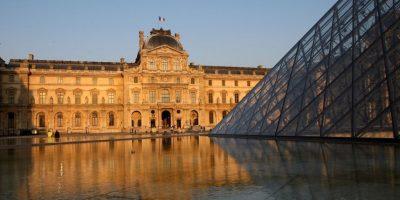 La famosa obra de arte se expone actualmente en el museo de Louvre de París, Francia Foto:Getty Images