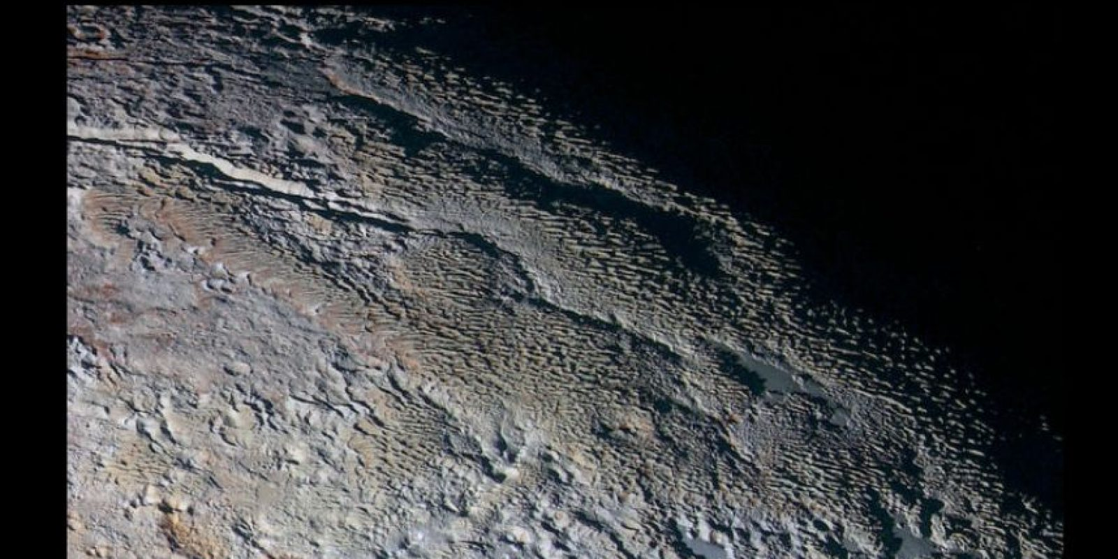 """""""Escamas de dragón"""" así describe experto la superficie del planeta enano Plutón. Foto:Vía nasa.gov"""