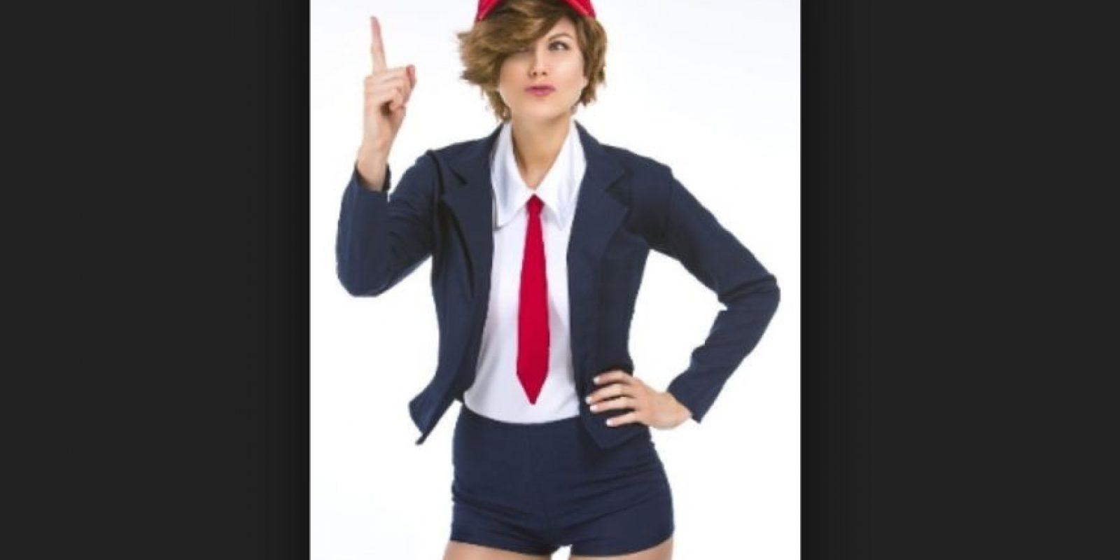 Trump no es el único con disfraz de él, Caitlyn Jenner y el asesino del león Cecil también tiene su disfraz. Foto:Vía yandy.com