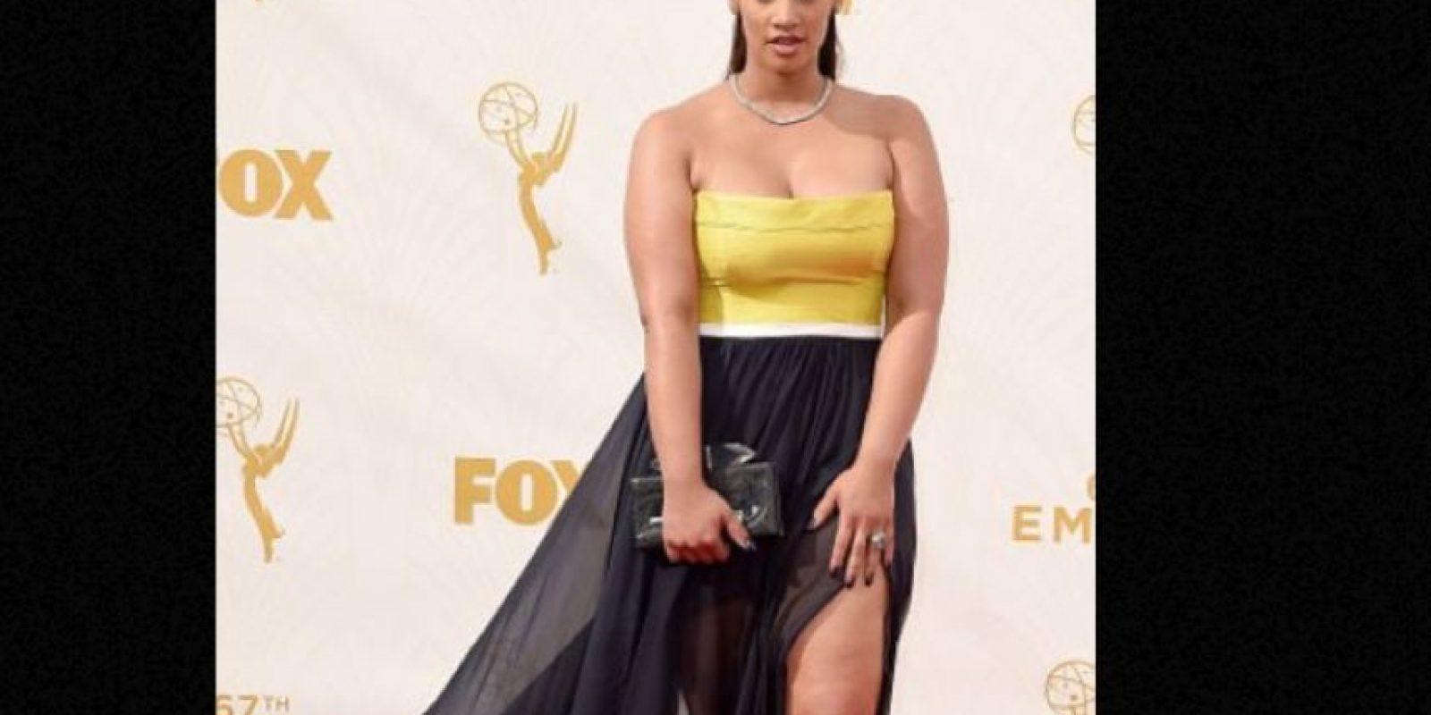 Dascha Polanco, mostrando por qué una mujer de talla grande debe, sí o sí, hallar un vestido de su talla. Y que favorezca sus curvas. Foto:vía Getty Images