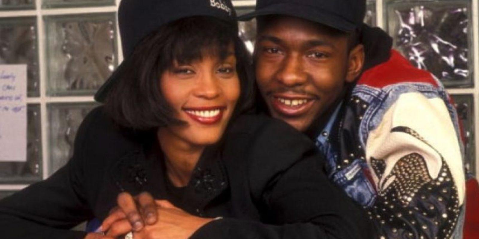 Houston duró 14 años casada con Brown, en una tormentosa relación llena de drogas y violencia. Foto:Getty Images