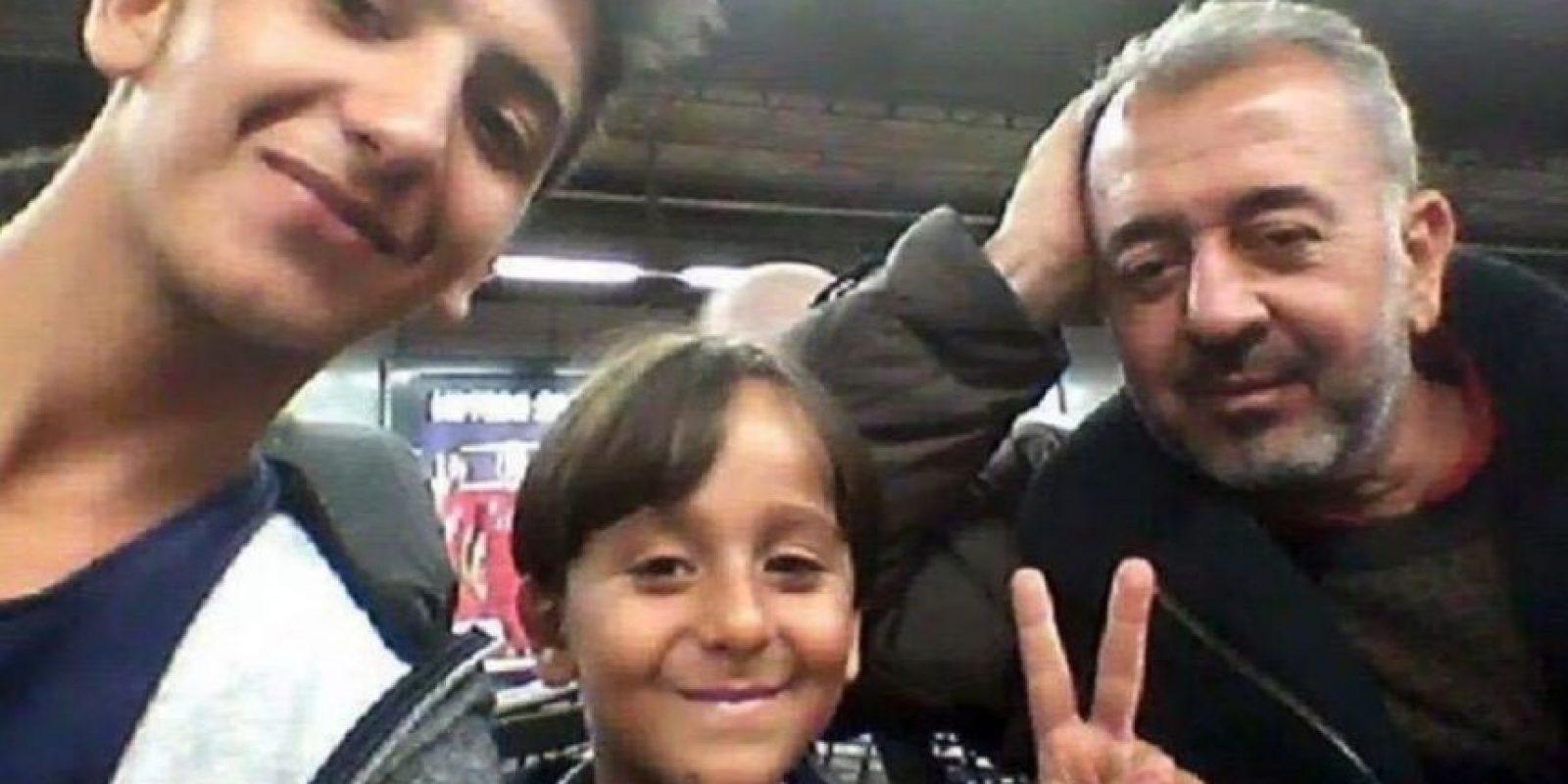 Ossamah Al Abed Almohsen vive ahora con sus dos hijos en España Foto:Vía twitter @RichterSteph