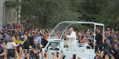 El papa dice que algunos obispos cometieron abusos sexuales a menores