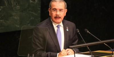Medina anuncia apoyo en salud y financiamiento a la mujer dominicana