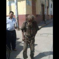 Luciano Chumán es un hombre de 83. Foto:Vía facebook.com/municipalidaddeferrenafe