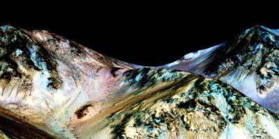La NASA descubre puebas de agua en Marte
