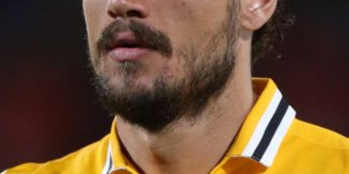 Futbolista latino de la Juventus chocó su Ferrari por manejar alcoholizado