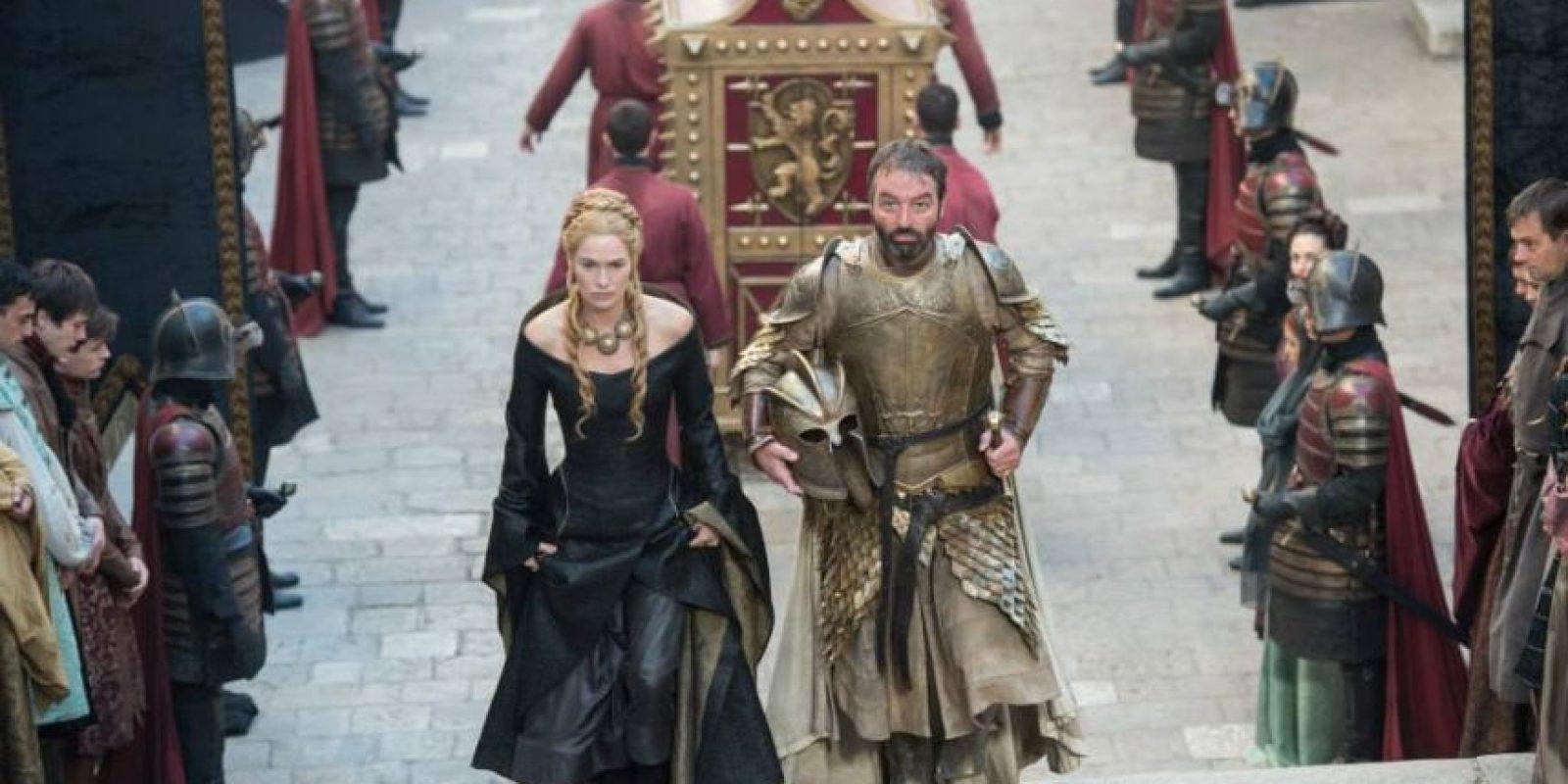 """Martin confesó que la idea de hacer de """"Games of Thrones"""" una película, nunca ha sido su idea. Foto:vía facebook.com/GameofThrones"""