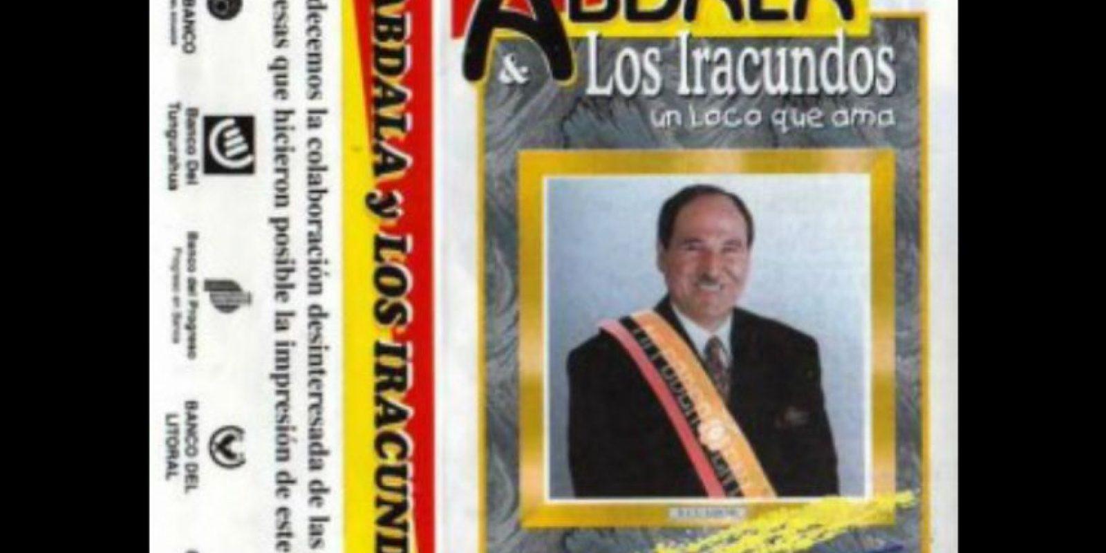 """Fue dedicado """"a la Patria, a su esposa y a sus hermanos 'Los Iracundos"""
