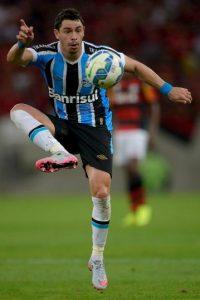 2. Giuliano (Gremio) Foto:Getty Images