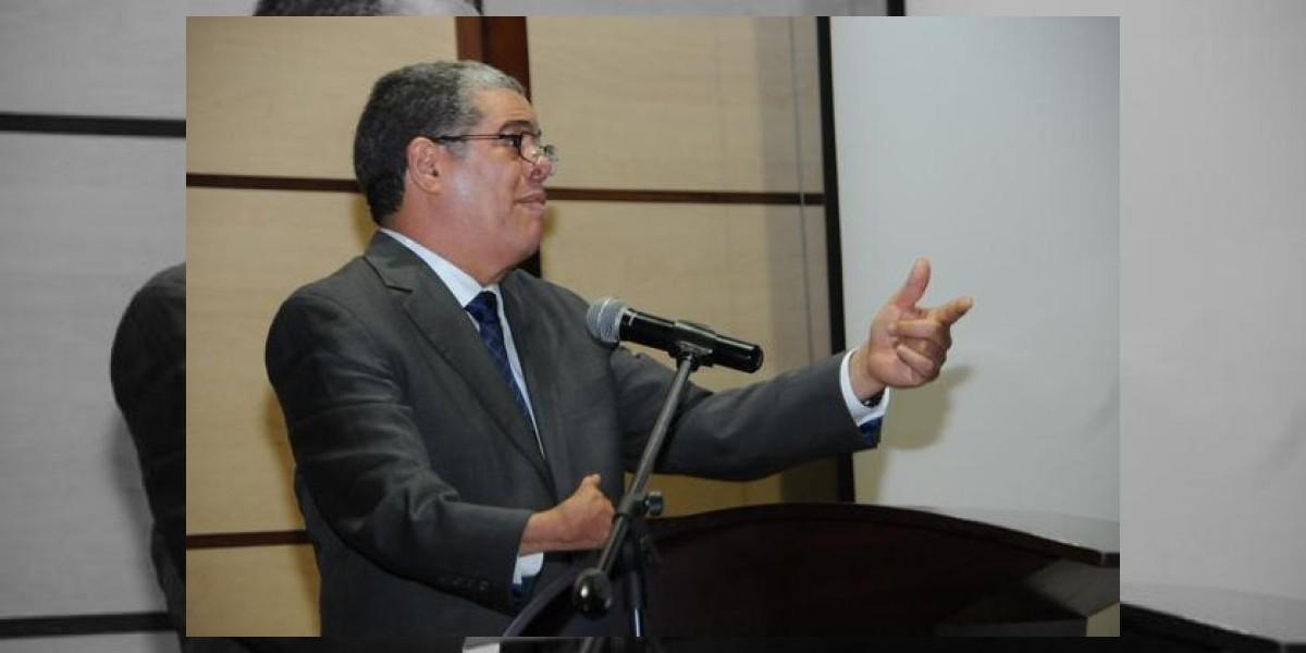 Organizaciones piden a Educación entregar fondos retenidos durante dos años