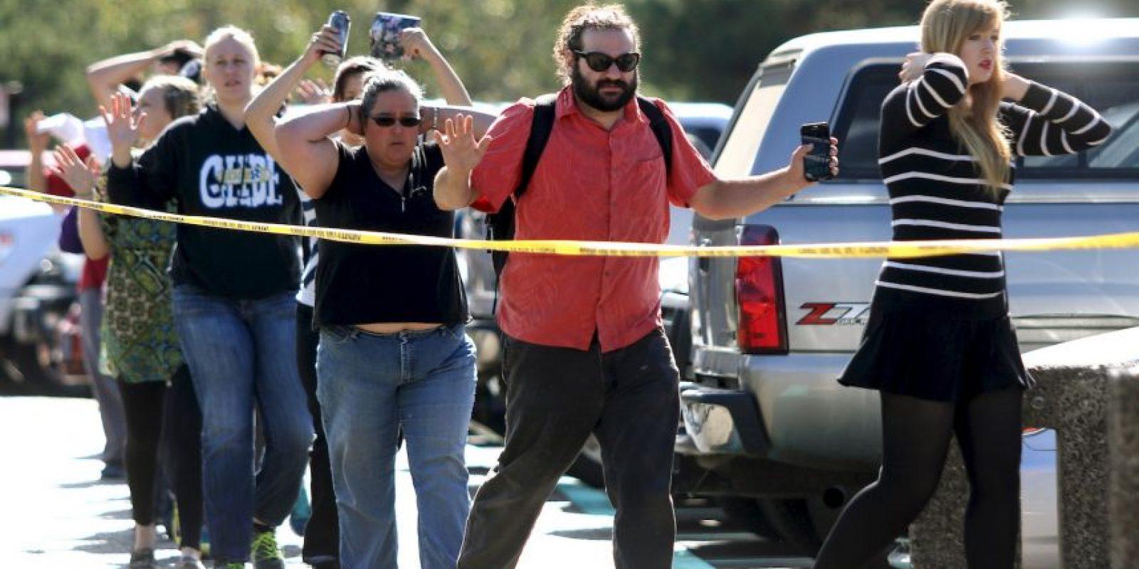 Hasta que las autoridades identificarona un joven de 20 años como sospechoso. Foto:AP