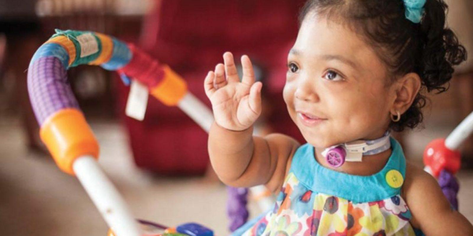 Se mueve en silla de ruedas y su estatura no corresponde a la de su edad, pero sus huesos no han dejado de crecer. Foto:Vía Childrenshospital.vanderbilt.org