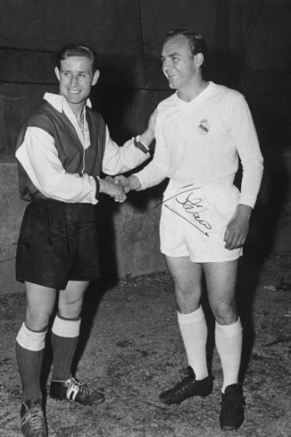 El delantero húngaro es uno de los mejores futbolistas de la historia del Real Madrid. En 21 temporadas, Puskas marcó 754 goles en 746 partidos. Foto:Getty Images