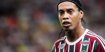 """Dos meses después de ser fichado por el Fluminense de Brasil, Ronaldinho fue despedido. Pero según su hermano y representante, la carrera del astro brasileño aún no se acaba y asegura que vendrán """"sorpresas"""" para él. Foto:Getty Images"""