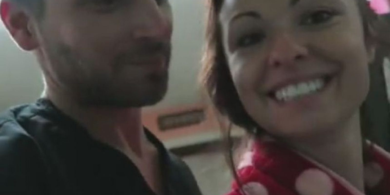 """Fuera de eso, Sam tuvo un perfil en """"Ashley Madison"""". Foto:vía Youtube"""