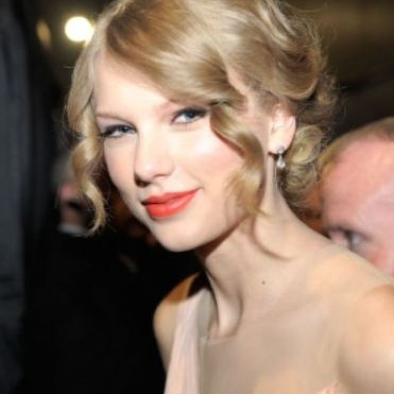 """Taylor Swift, quien encabezaba las listas de popularidad en 2015, no publicó su disco """"1989"""" exigiendo mejores pagos a los cantantes. Foto:Getty Images"""