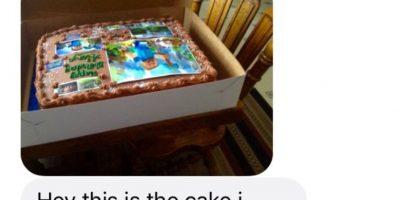 En julio, la persona volvió a equivocarse. Le mostró el pastel para su sobrina que le costó 35 dólares. Foto:vía Imgur