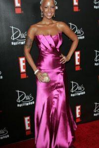 """Un vestido de """"Dinastía""""… rechazado por Joan Collins. Foto:vía Getty Images"""
