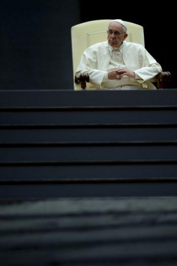 """3. El anuncio realizado el sábado pasado de un teólogo quién decidió declararse: """"un sacerdote homosexual"""". Inmediatamente fue expulsado del Vaticano. Foto:AFP"""