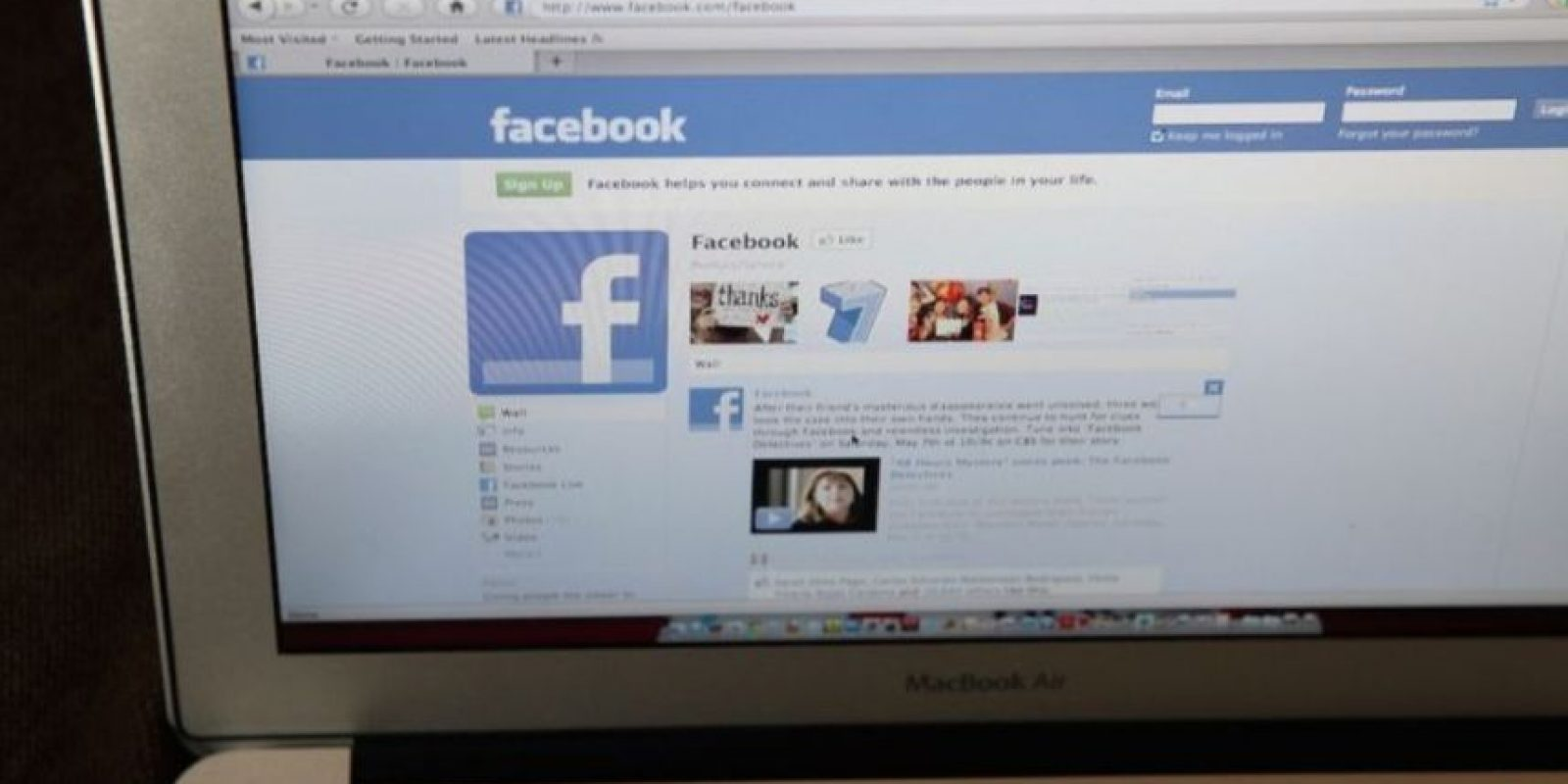 El español fue el segundo idioma en el que estuvo disponible Facebook, después del inglés. Foto:Getty Images