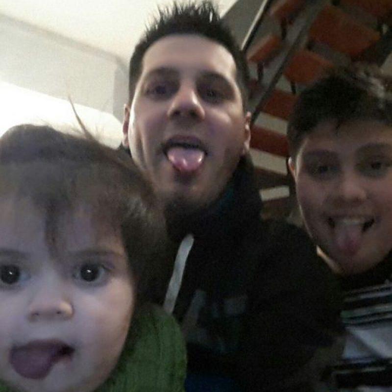 Matías con sus hijos. Foto:facebook.com/matias.messi.754