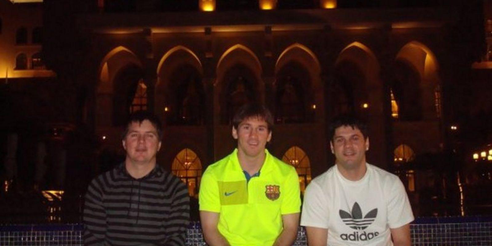 Matías Messi está a la izquierda de Lionel. Foto:facebook.com/matias.messi.754