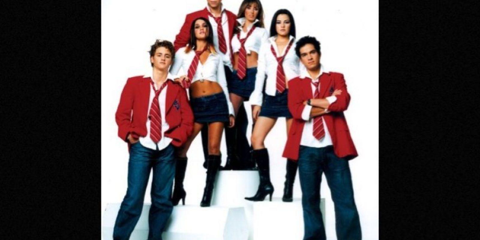 2. Integrado por Anahí, Dulce María, Alfonso Herrera, Christopher Uckermann, Maite Perroni y Christian Chávez, RBD se convirtió en uno de los grupos pop más importantes a nivel mundial. Foto:Televisa